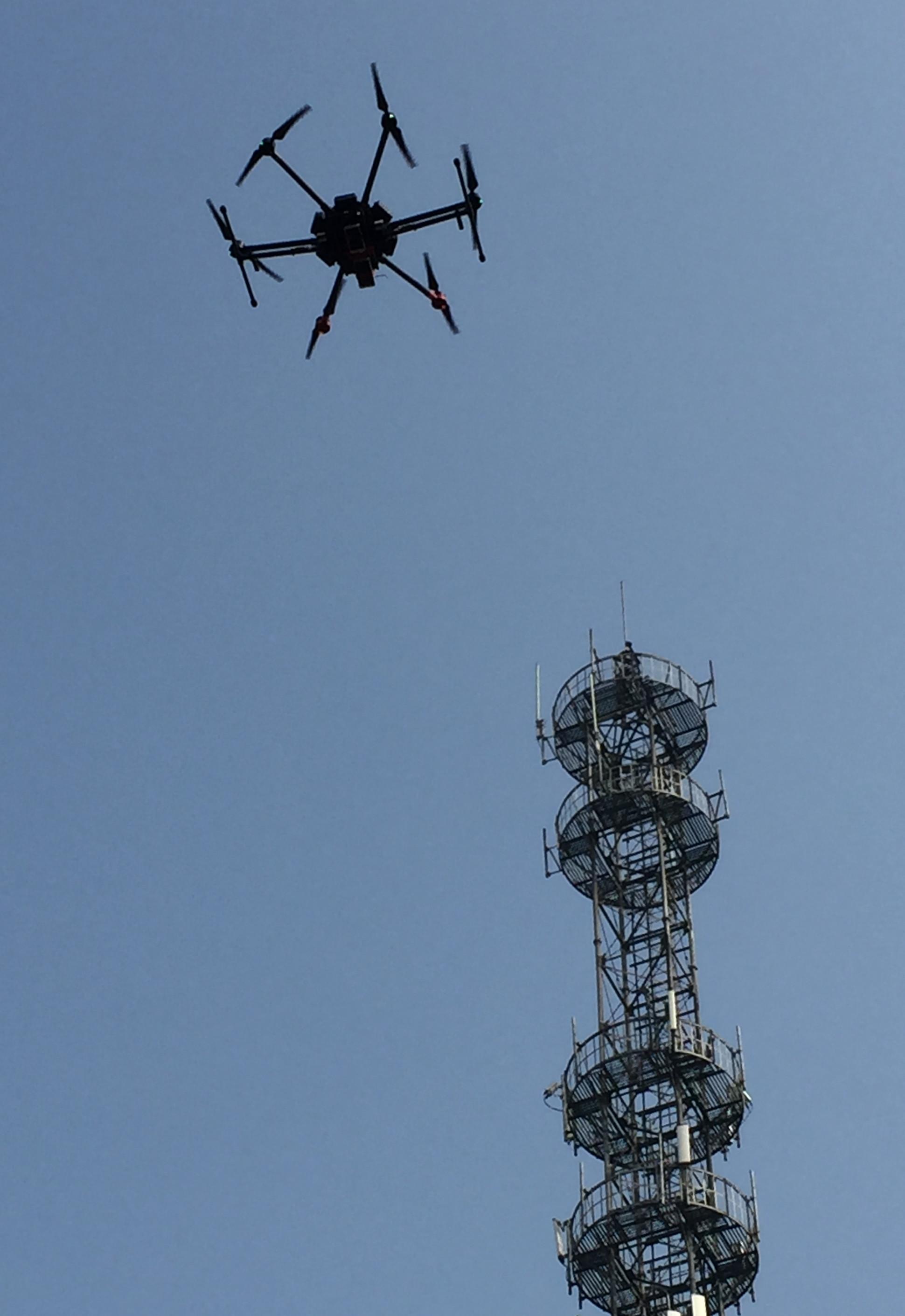 无人机电信信号塔运维巡检