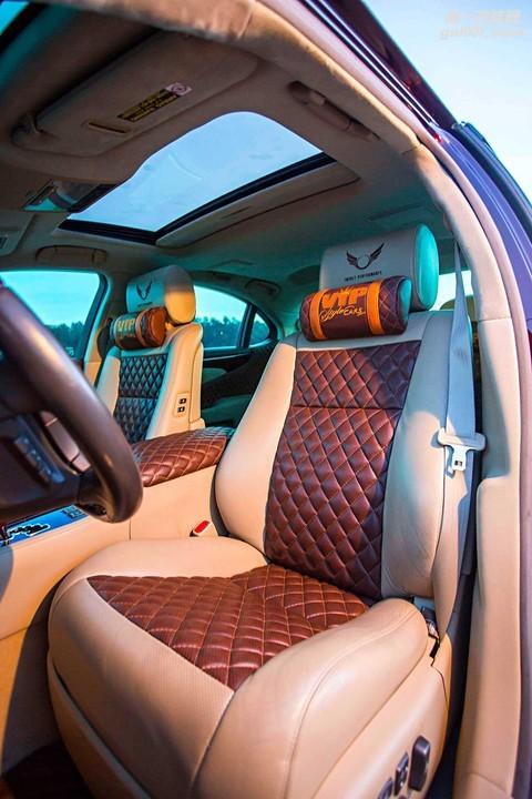 2007-lexus-ls-460l-diamond-stitch-seats.jpg