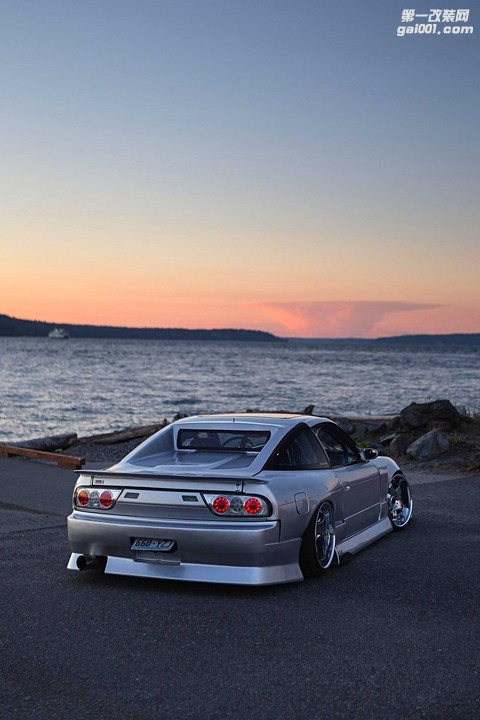 1989-nissan-240sx-bn-sports-type-iv-rear-bumper.jpg
