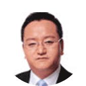 知名财经节目主持人洪宇