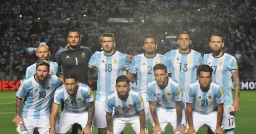 """首页 正文  有着""""潘帕斯雄鹰""""美誉的阿根廷国家足球队,可谓是世界上最图片"""